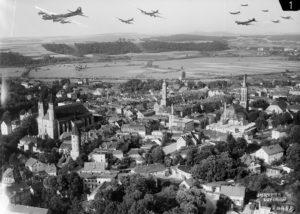 Lwóweckie obiekty militarne